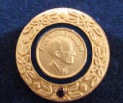 President Bendt Haverberg got the honor…..
